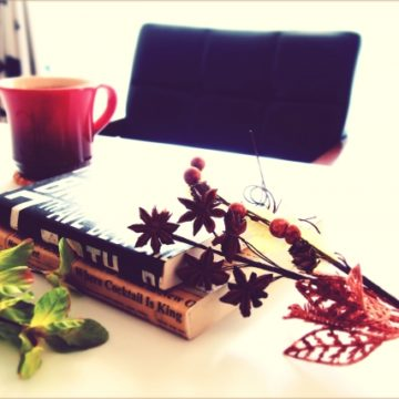 秋と言えば??~旬の果物と読書で健やかな日々をお送りください~