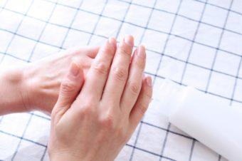 冬の乾燥肌には何をすれば良いですか?~手足にも顔にも良いこと全部教えてください~